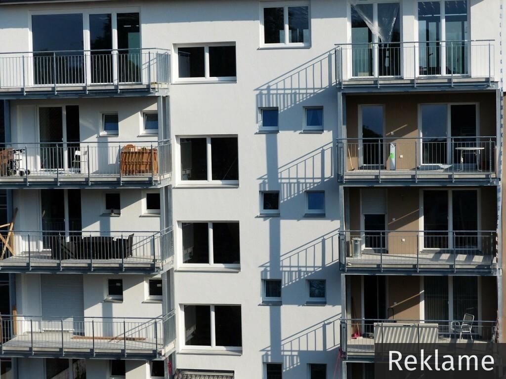Ny altan? Huset-inde.dk giver dig råd og vejledning