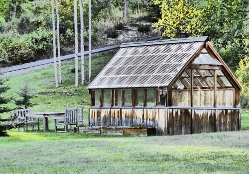 Skal du sælge sommerhus i Jylland? Tal først med en mægler